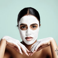 Gesichtsmaske selber machen und auftragen.