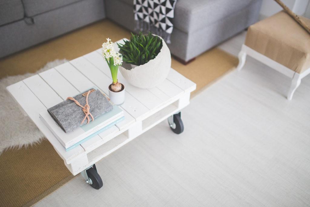Paletten Möbel selber machen: 4 kreative Inspirationen