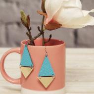 Geometrische Ohrringe selber machen aus Lederresten