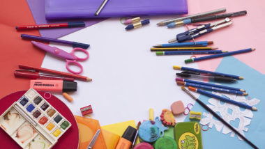Mit unserer Anleitung kannst du die Schultüte für dein Kind ganz einfach selbst basteln und individuell dekorieren