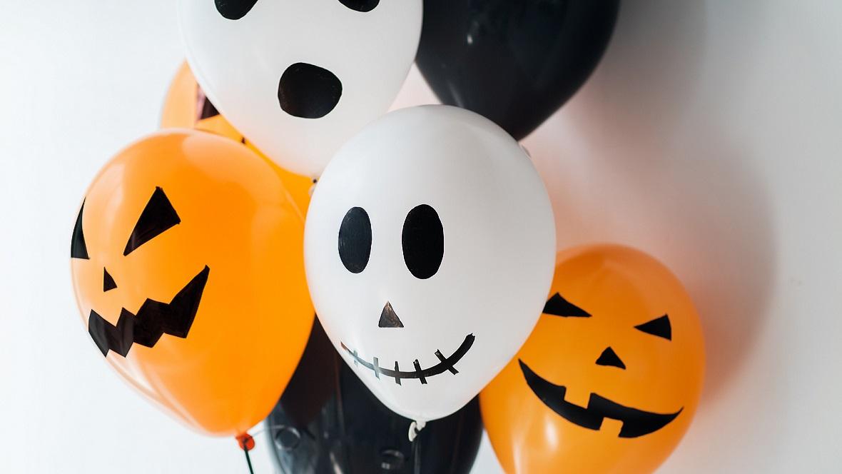 Halloween Deko Idee mit Luftballons