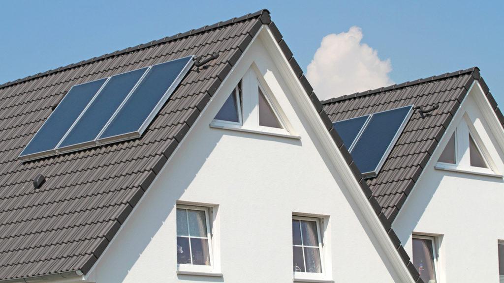 Vor allem bei einem energieeffizienten Neubau oder einer entsprechenden Sanierung können verschiedene Fördergelder zur Finanzierung hinzugezogen werden.